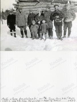 Matti + Anna Kantokoski with Eeva Annikki (5 yrs old) + Veikko Vesa (4 yrs old) + logging crew 1929