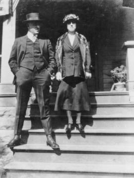 Stewart and Mabel Walters