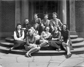 'Graduating class Ontario College of Art 1946'