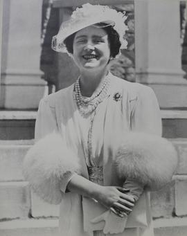 Photograph of Queen Elizabeth