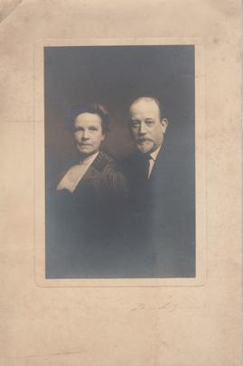Photograph of unidentified couple