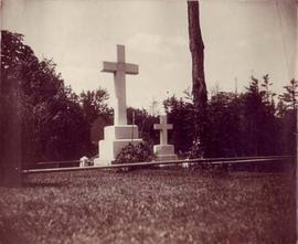 Photograph of the gravesite of Sir Aemilius Irving